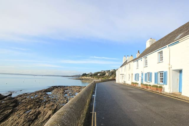 The pretty cottage on the sea front