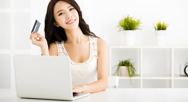 young woman  shopping online...
