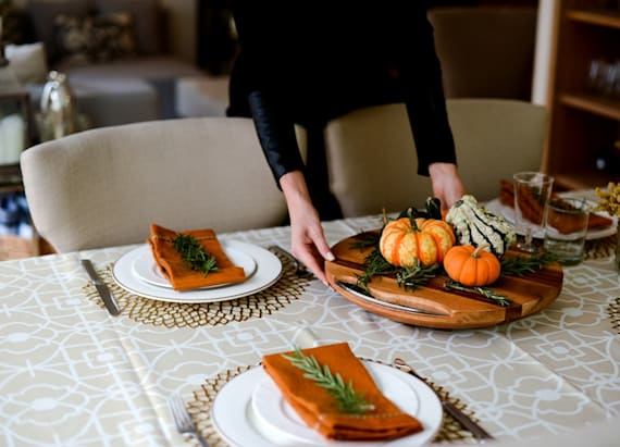 Thanksgiving Hostess Gift Guide