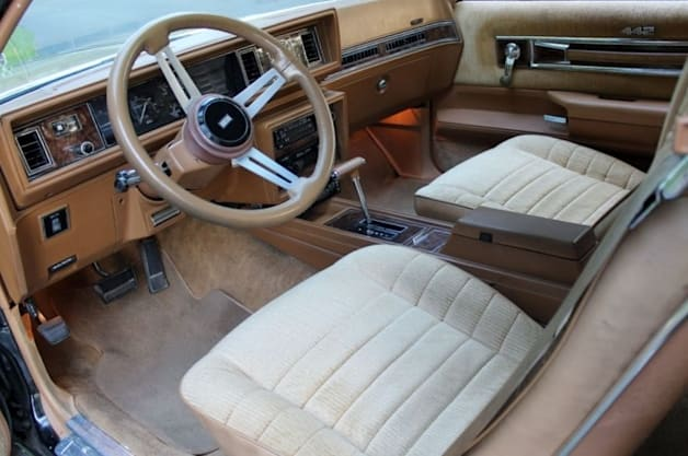 1980 Oldsmobile 442 interior