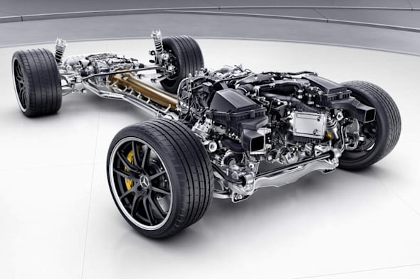 Mercedes-AMG GT R, Antriebsstrang. Mercedes-AMG GT R. drive Train.