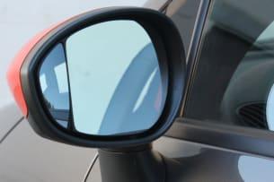 2013 Fiat 500e blind spot mirror