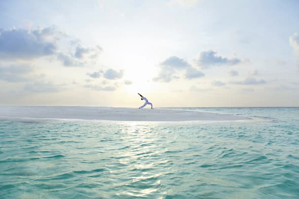 baros maldives yoga