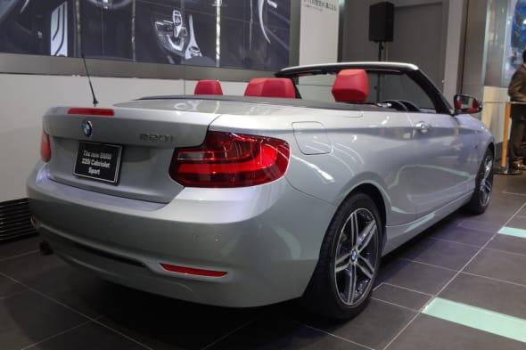 BMW220i