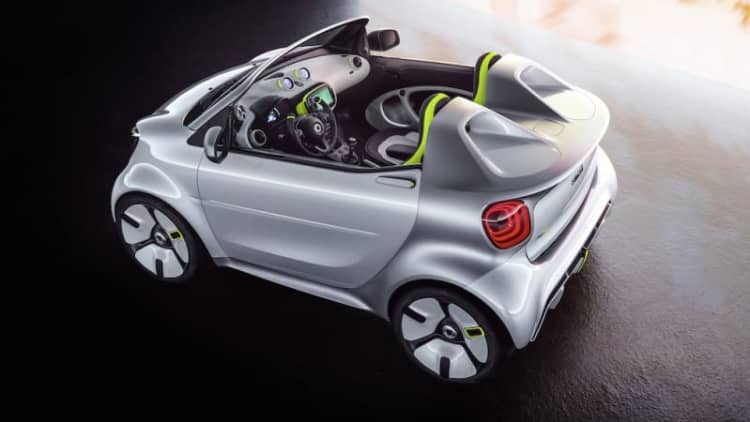 Smart will show new electric concept in Paris