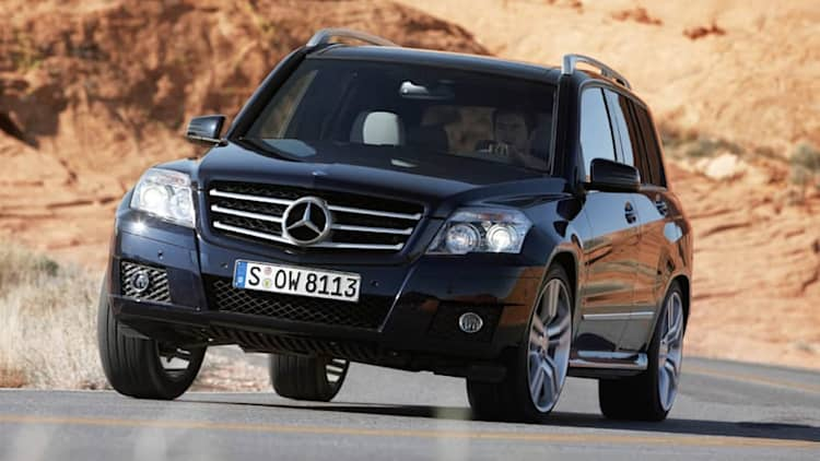 Mercedes recalls 126k C-, GLK-Class models for airbag system flaw