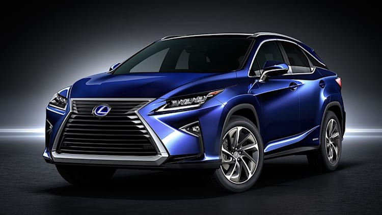 2018 Lexus RX450h is way cheaper than the 2017 model
