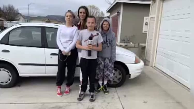 This teen bought his mom a car before he could even drive