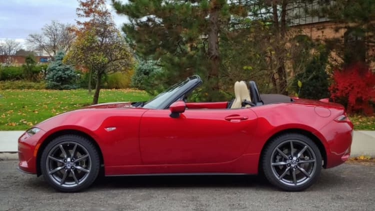 2019 Mazda MX-5 Miata Drivers' Notes Review | A little power goes to our heads