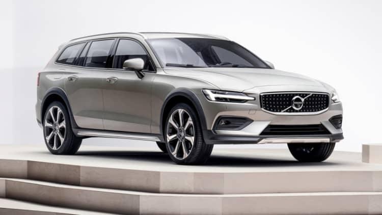 2019 Volvo V60 Cross Country: 6 Design Notes