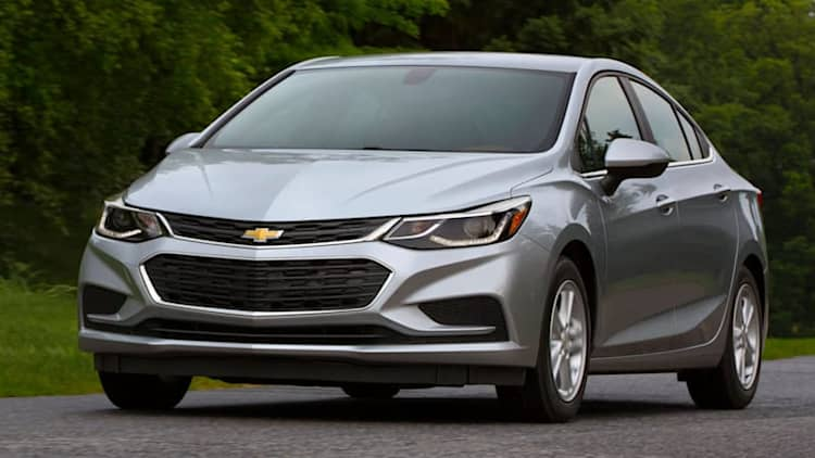 2018 Chevrolet Cruze Buying Guide | Compact sedan questions and answers