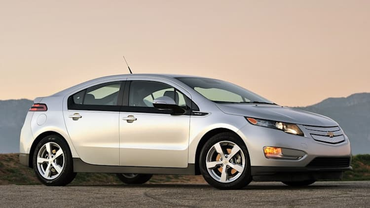 GM recalls 64k 2011-2013 Volts over carbon monoxide fears, stop sale on Trax and Encore