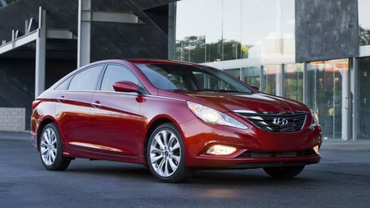 Hyundai recalls 570k Sonatas and Accents in two separate campaigns
