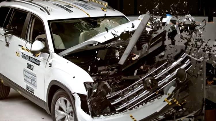 2018 VW Atlas, 2017 Mini Countryman net IIHS Top Safety Pick Awards