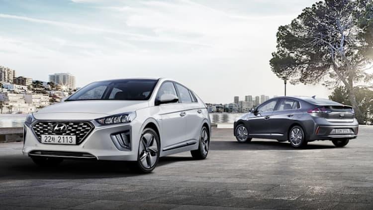 2020 Hyundai Ioniq shows off fresh styling, upgraded interior