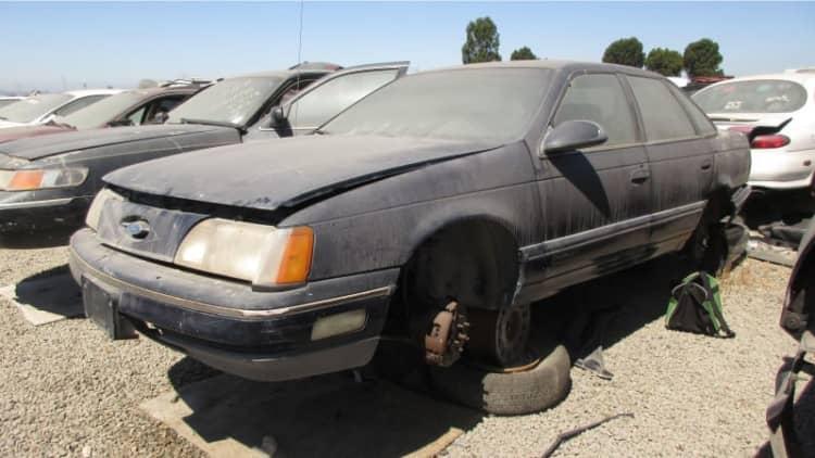 Junkyard Gem: 1986 Ford Taurus LX Sedan
