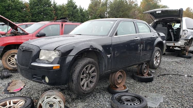 Junkyard Gem: 2006 Chrysler 300C