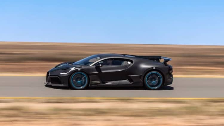 Bugatti Divo hot weather torture testing for its 40 awaiting customers