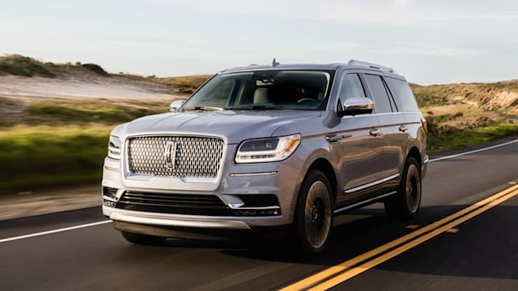 2018 Lincoln Navigator First Drive | From black sheep to flagship