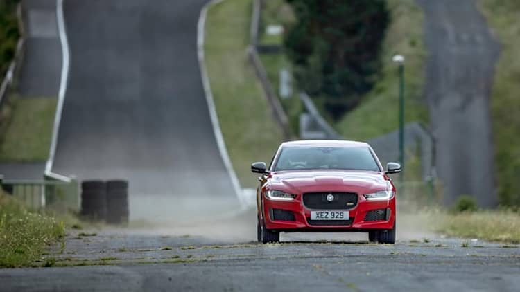 Jaguar sets a lap record at a near-forgotten French race track