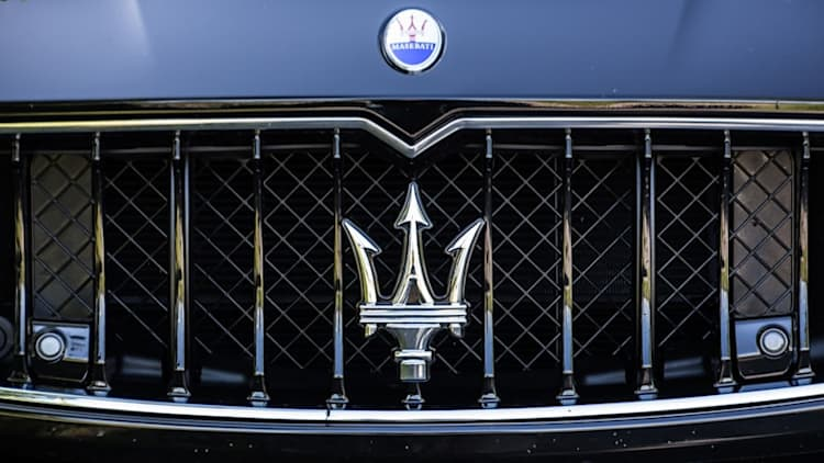 Maserati to recall Quattroporte and Ghibli over shifter