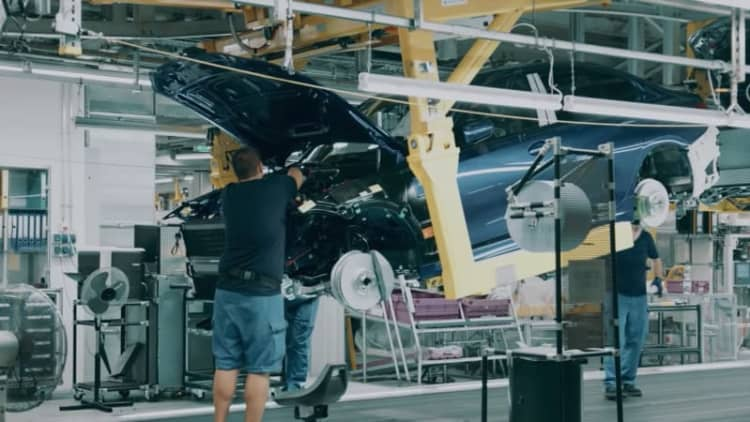 BMW teaser video shows new 3 Series on assembly line