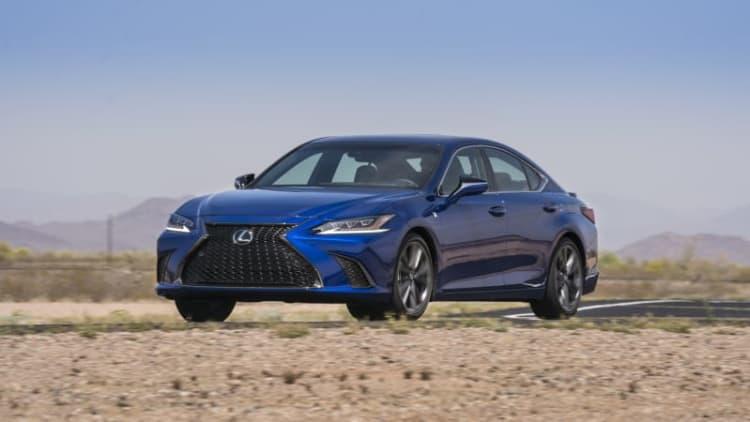 2019 Lexus ES gets new F Sport trim, Amazon Alexa and Apple CarPlay