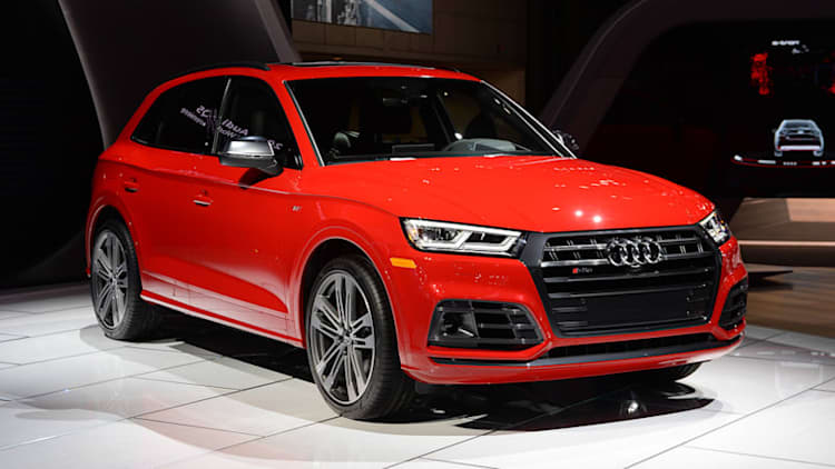 The 2018 Audi SQ5 looks mean and switches to turbo power