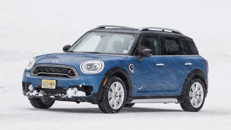 Longer, wider, still a Mini | 2017 Mini Countryman First Drive