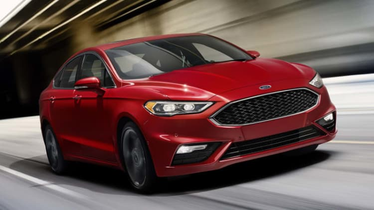 Ford recalls 1.3 million Fusions, MKZs: Steering wheels could come off