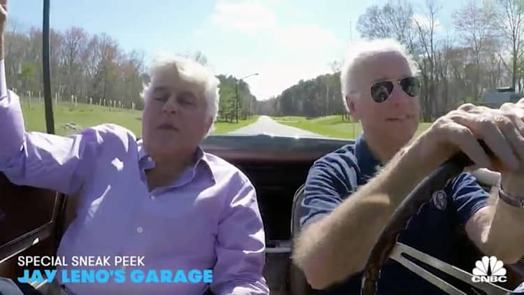 Joe Biden burns out in his 1967 Corvette Stingray for Jay Leno's Garage