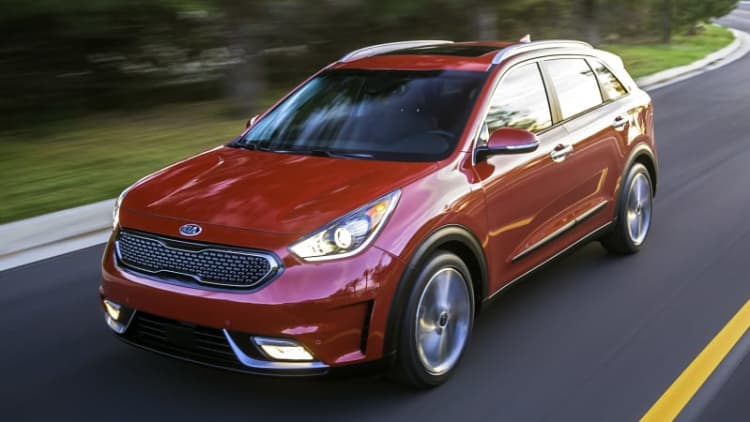 2018 Kia Niro bests Prius and Ioniq with IIHS Top Safety Pick Plus rating