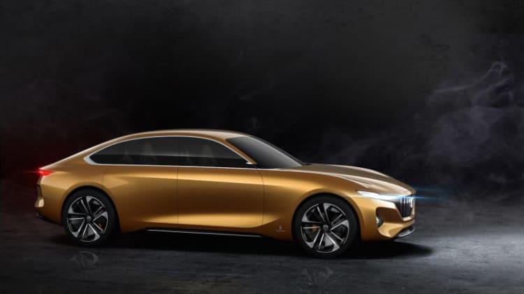 Pininfarina-designed H500 sedan and K350 crossover presented in Beijing