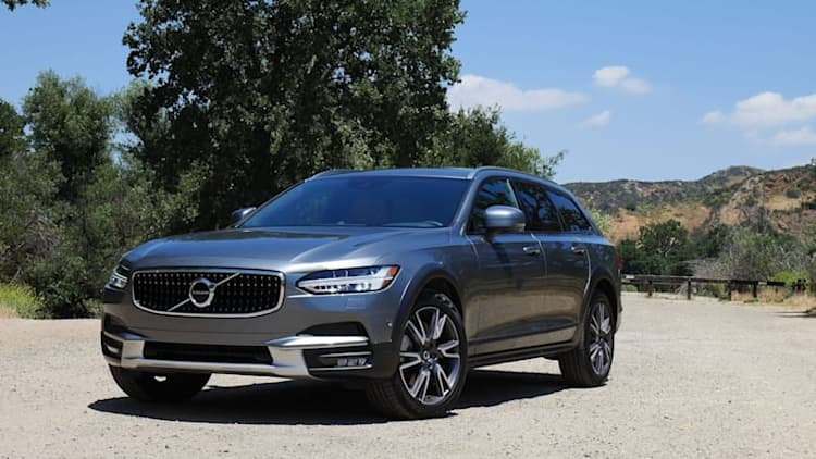 Volvo V90 Cross Country versus XC60 | Slinky wagon takes on sporty crossover