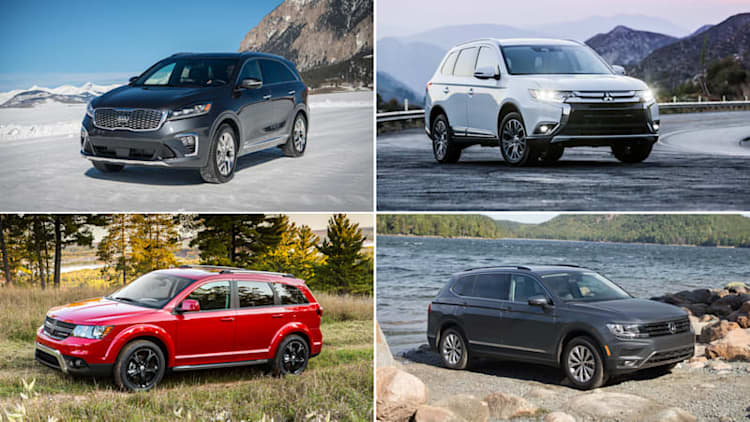 Small 3-row crossover SUVs specifications compared on paper