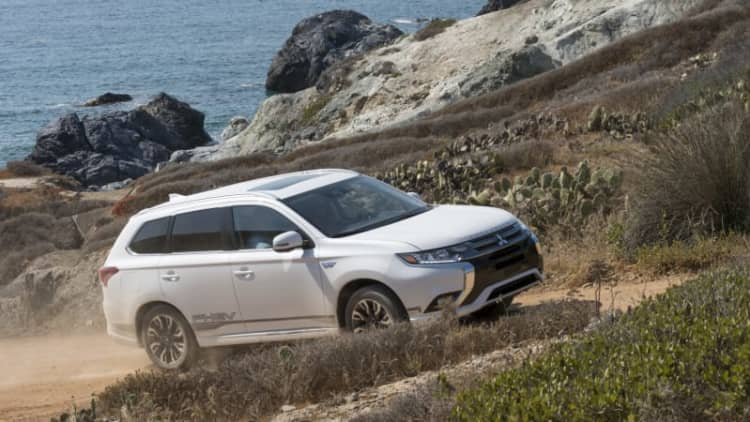 2018 Mitsubishi Outlander PHEV First Drive | Nailing the sweet spot