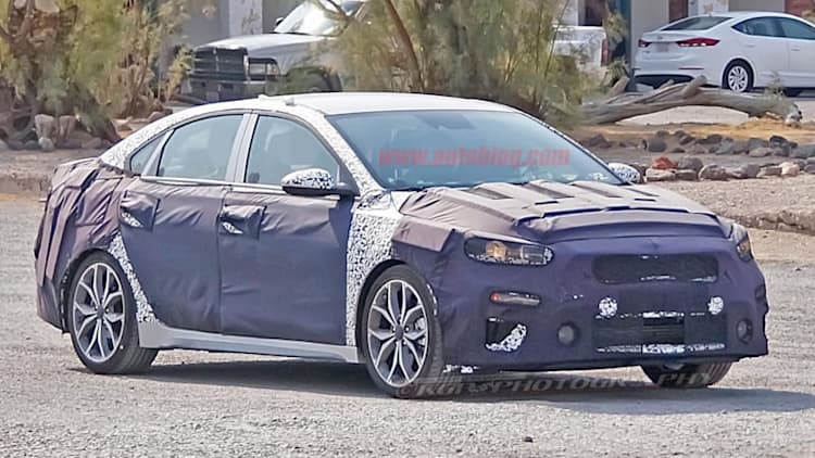 High-performance 2019 Kia Forte spied with dual exhaust