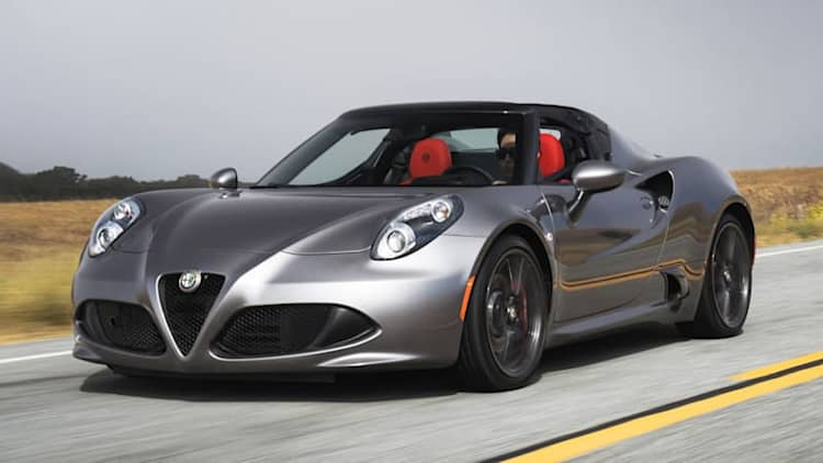 The 2016 Alfa Romeo 4C should sound even better
