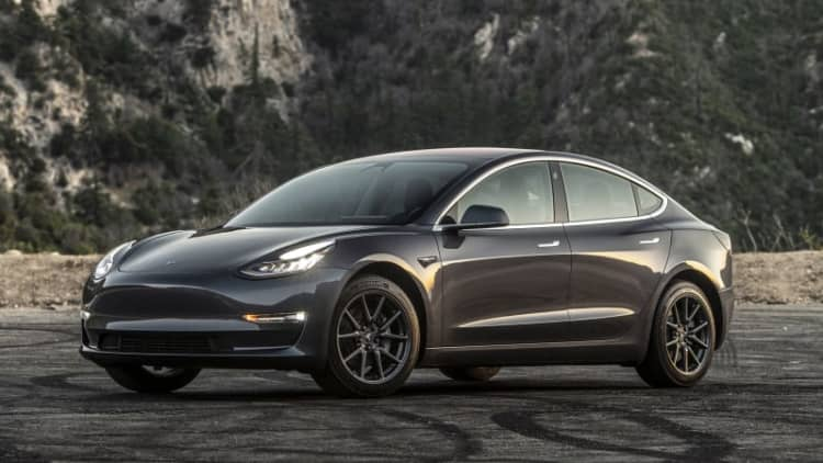 Tesla now taking Model 3 orders in Europe, will start delivering to China in March