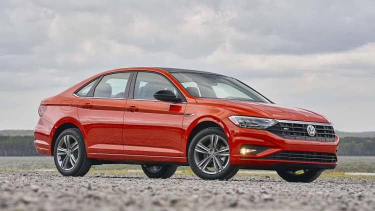 2019 Volkswagen Jetta R-Line Drivers' Notes Review | Finding that old flame