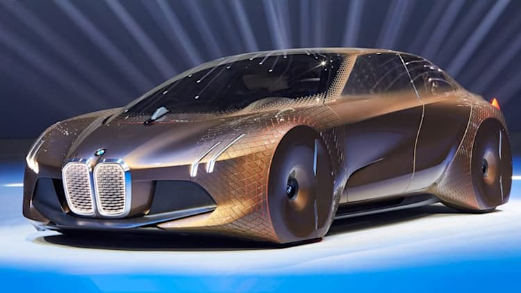 BMW iNext EV to get 435 miles of range, goes on sale in 2021