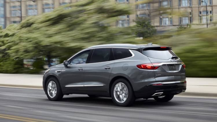 2018 Buick Enclave First Drive Review | Fortress of quietude