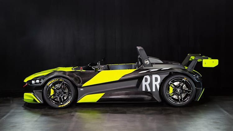 VŪHL can't stop upgrading its 05 street-legal racer