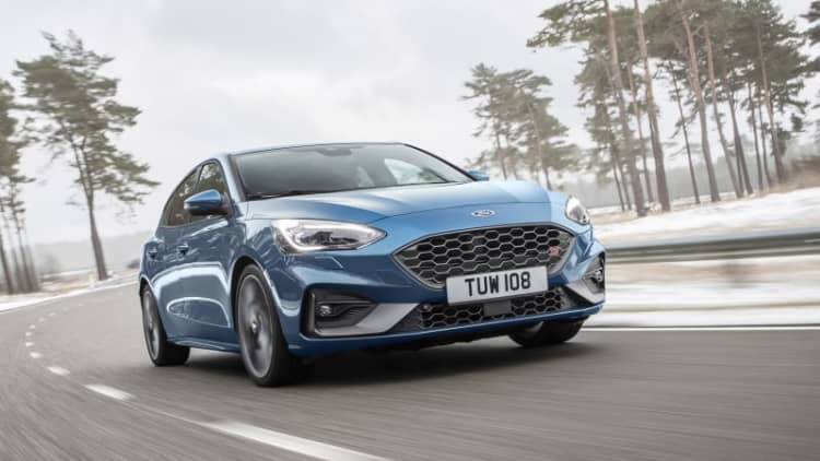 New Ford Focus ST greets other markets with gas-powered 276 hp and 310 lb-ft