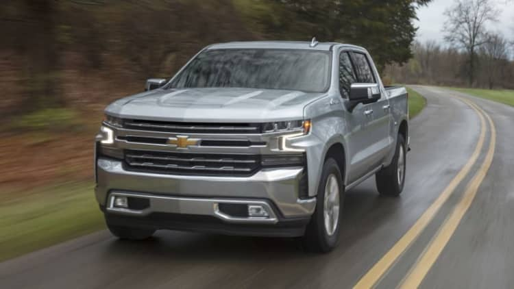 2019 Chevy Silverado 5.3L V8 Prototype Drive | Trying out Chevy's V8-7-6-5-4-3-2-1