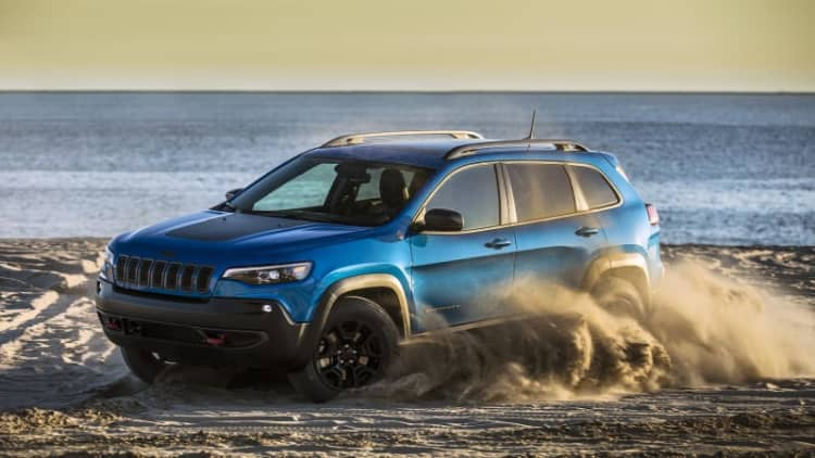 2019 Jeep Cherokee Trailhawk Drivers' Notes Review | Capable, yet costly