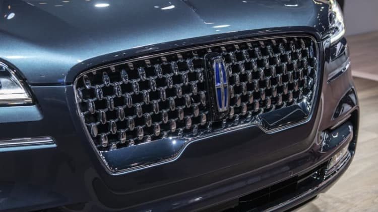 2020 Lincoln Aviator 450-hp PHEV will get its own exterior visual cues