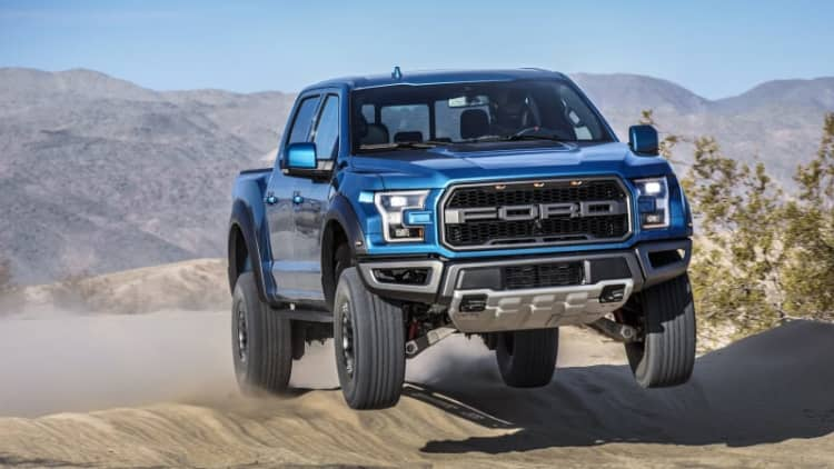 2019 Ford F-150 Raptor Drivers' Notes Review | Mojo, amplified