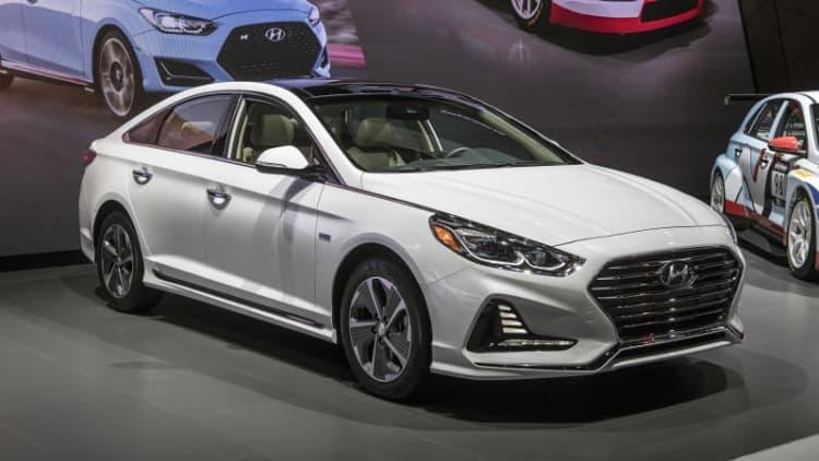 Redesigned 2018 Hyundai Sonata Hybrid and PHEV revealed in Chicago