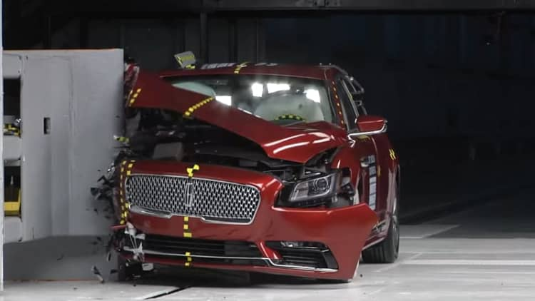 Hyundai, Kia, Genesis and Subaru clean up in IIHS 2018 safety ratings